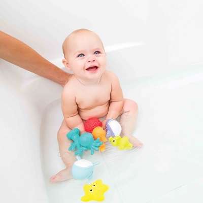 Hộp đồ chơi tắm 8 sinh vật biển Infantino 205031