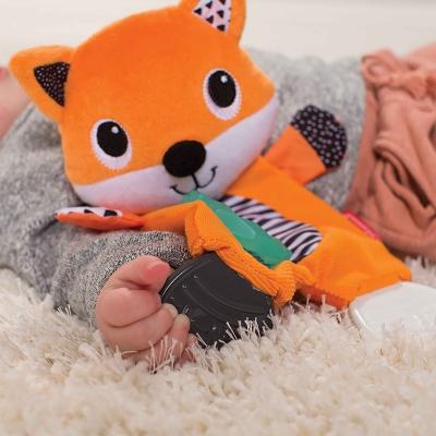 Thú bông âu yếm hình con cáo kèm silicon gặm nướu BPA Free Infantino 216328
