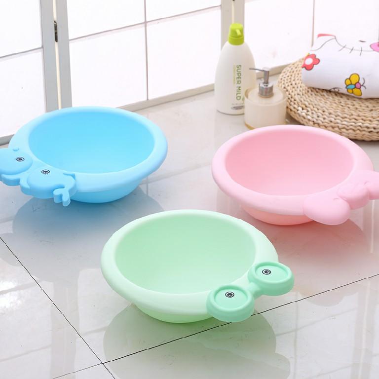 Đồ dùng vệ sinh, nhà tắm dành cho bé